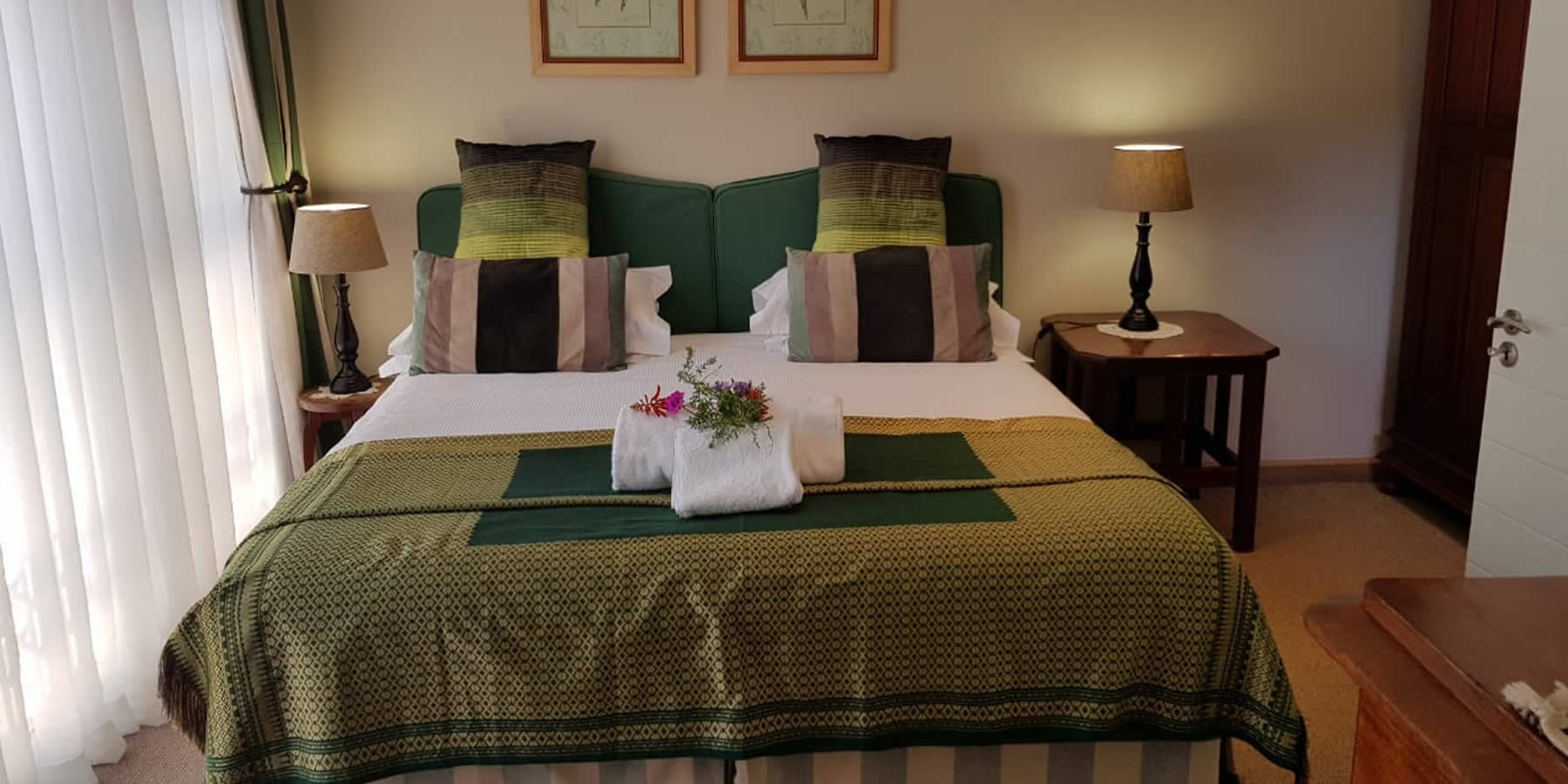Antique room - Bed