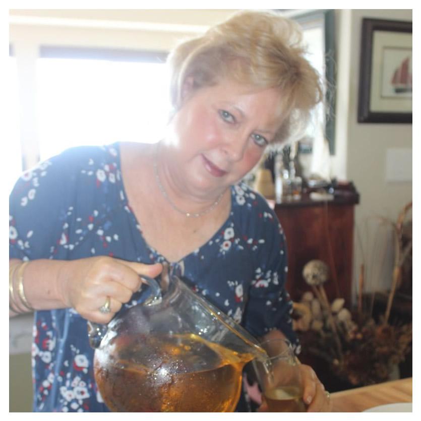 Jo-Anne serving drinks