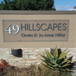 hillscapes-sign-gate